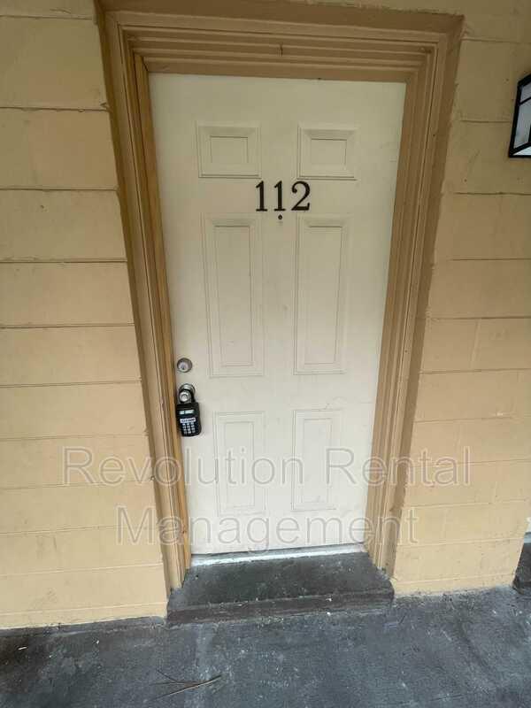 1625 Espanola Ave Apt 112 Holly Hill FL 32117-1777 - Photo 1