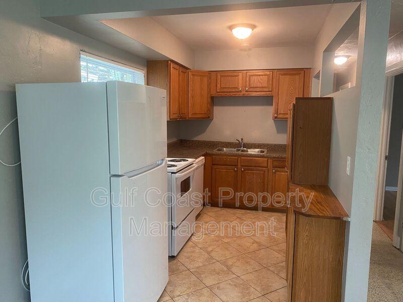716 69th Avenue West Bradenton FL 34207 - Photo 4