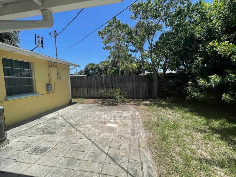 39 Ocean Shore Dr Ormond Beach FL 32176-3544 - Photo 4
