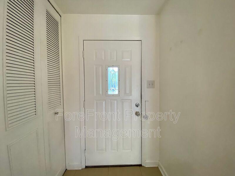 3419 Shady Springs San Antonio TX 78230-4932 - Photo 3