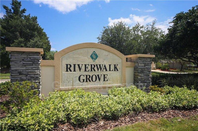 11507 Sweetflag Dr Lakewood Ranch FL 34202 - Photo 3