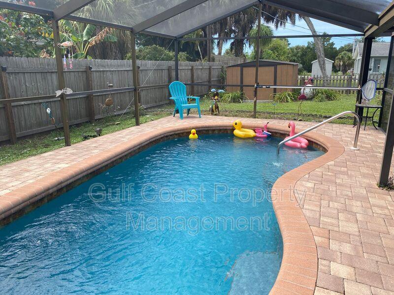 571 W Seminole Drive Venice FL 34293 - Photo 23