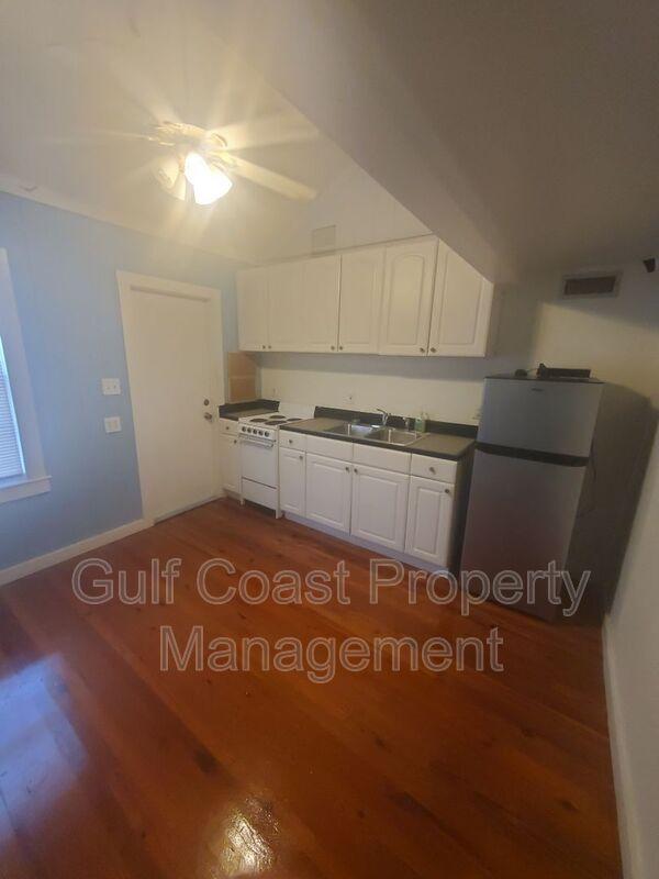 820 Central Ave Sarasota FL 34236 - Photo 5