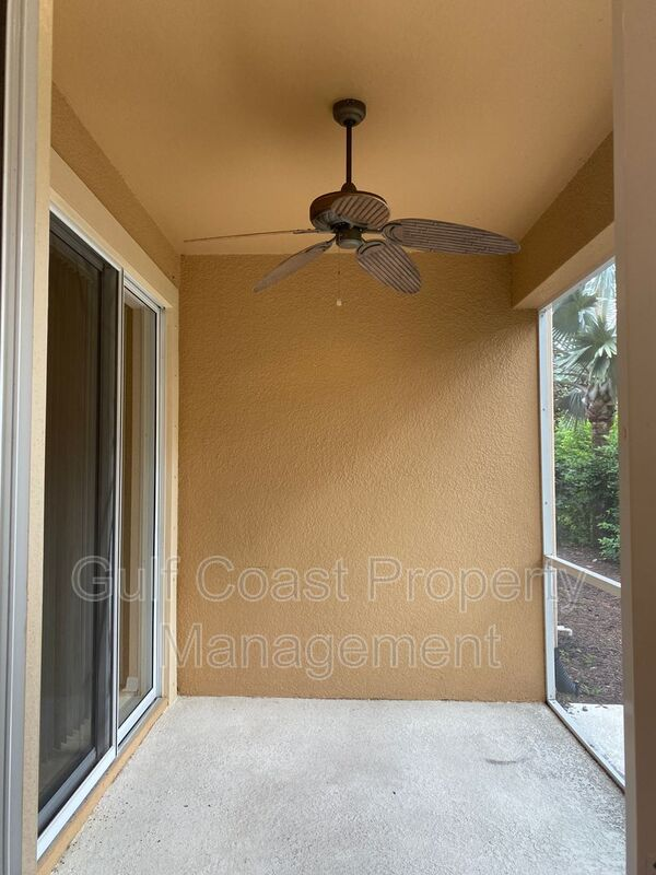 8241 Villa Grande Court Sarasota FL 34243 - Photo 21