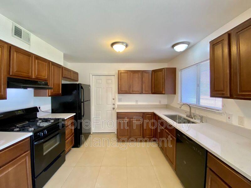 3419 Shady Springs San Antonio TX 78230-4932 - Photo 13