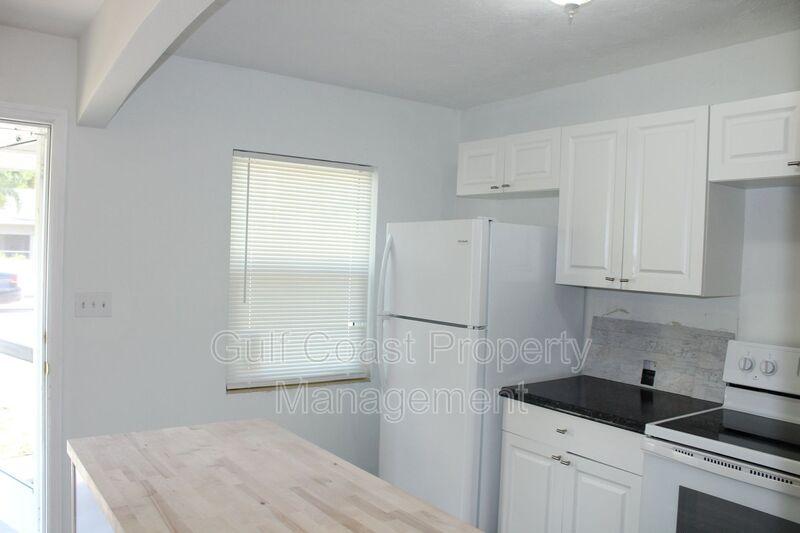 1503 13th Street West Bradenton FL 34205 - Photo 3