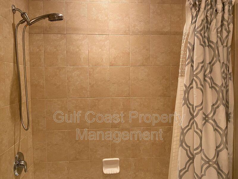 8241 Villa Grande Court Sarasota FL 34243 - Photo 18