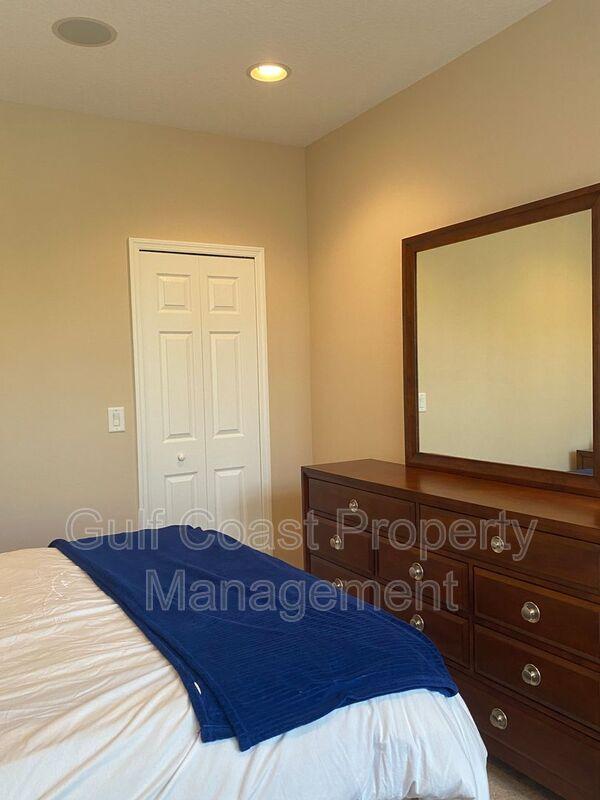8241 Villa Grande Court Sarasota FL 34243 - Photo 15