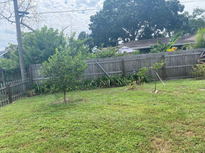 571 W Seminole Drive Venice FL 34293 - Photo 35