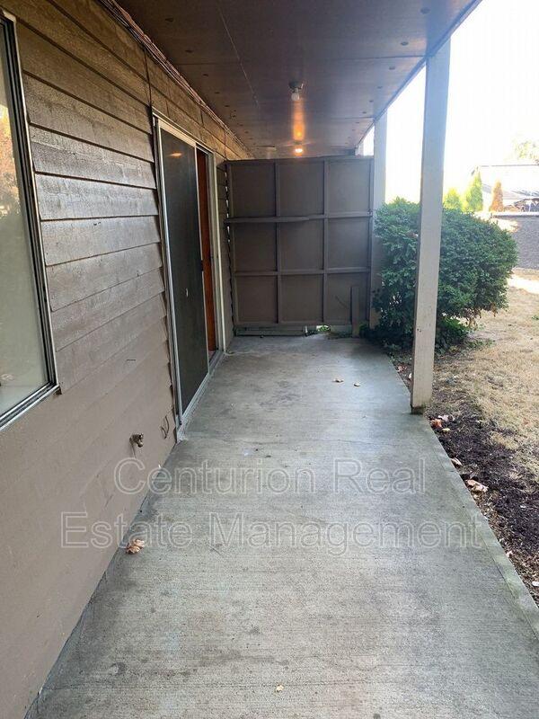 528 SW Levens St 3 Dallas OR 97338 - Photo 23