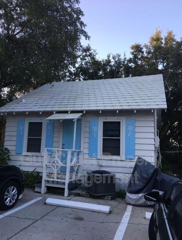 820 Central Ave Sarasota FL 34236 - Photo 2