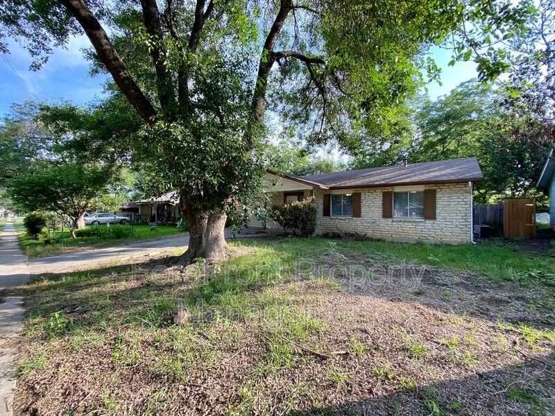4327 Avenida Prima St San Antonio TX 78233-6824 - Photo 2