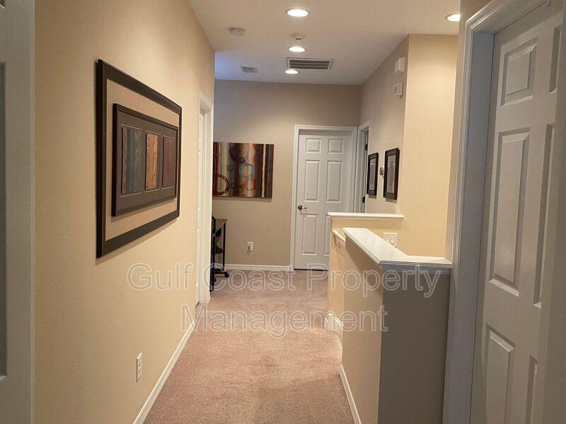 8241 Villa Grande Court Sarasota FL 34243 - Photo 7