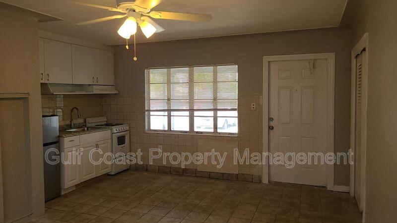 600 Corey Avenue Unit 127  FL 33706 - Photo 4