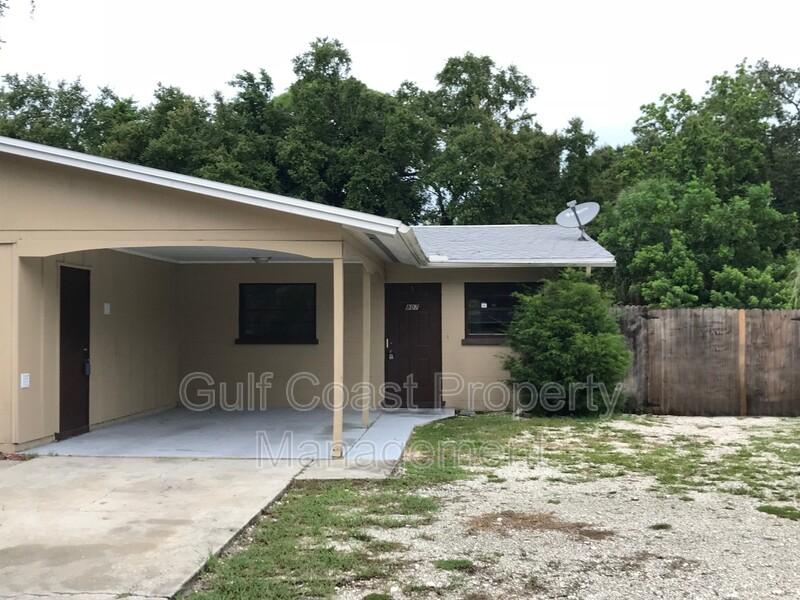809 60th Avenue West Bradenton FL 34207 - Photo 1