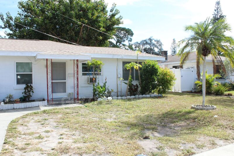 1503 13th Street West Bradenton FL 34205 - Photo 1