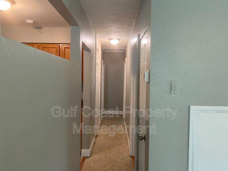 716 69th Avenue West Bradenton FL 34207 - Photo 8